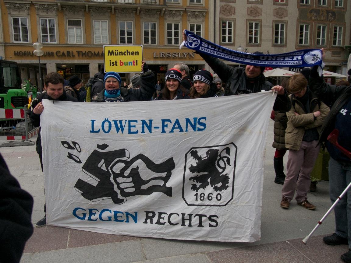 Löwen-Fans gegen Rechts - Foto: Stefan Lorenz